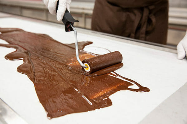 The chocolate is rolled out on 15 m long tracks